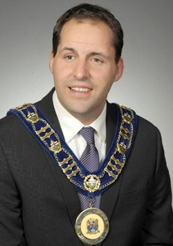 Mayor shares his growth vision