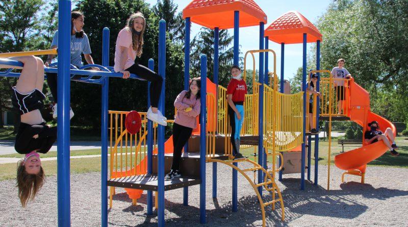 Students propose big kid-friendly parks